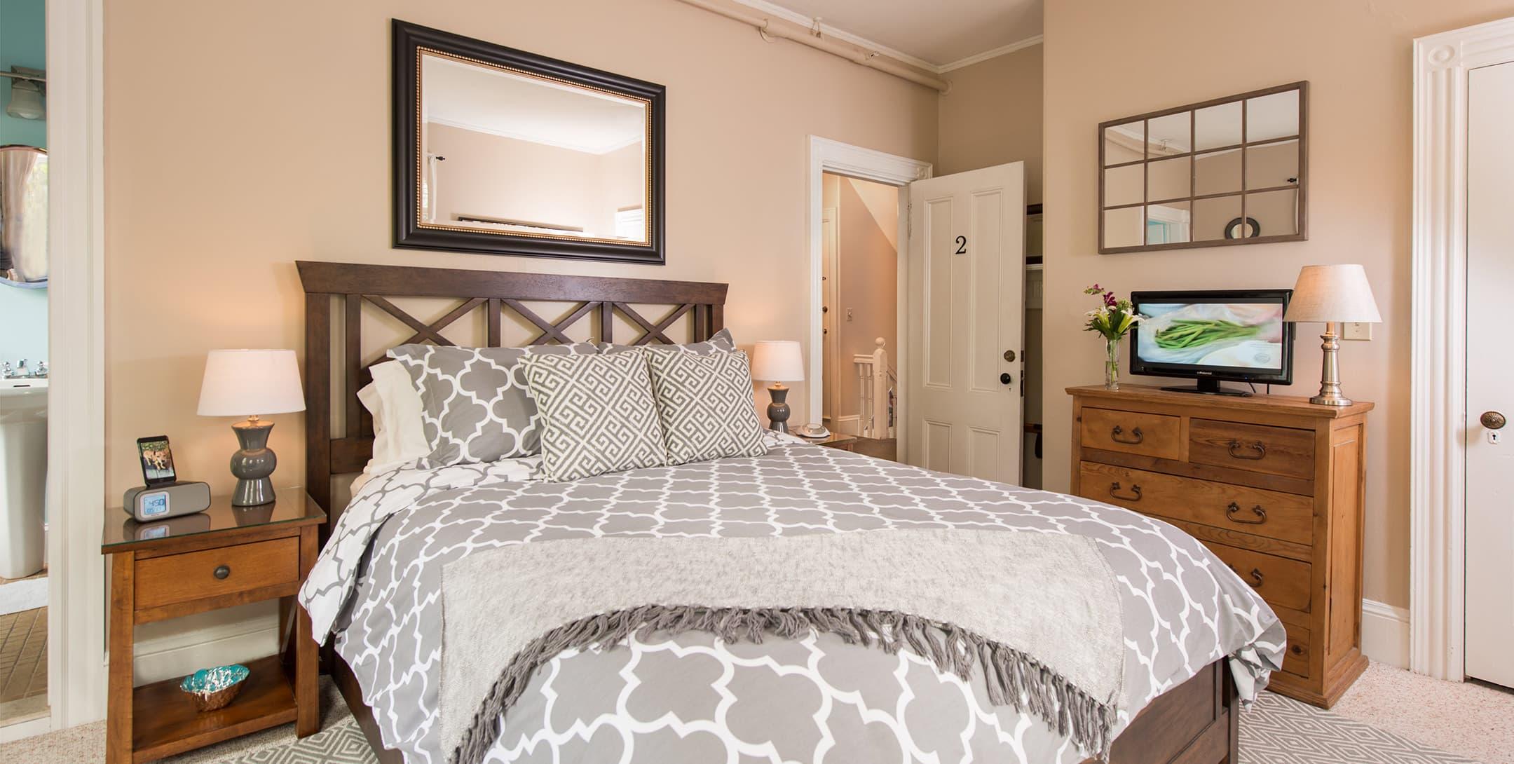 The Abbott Room bed