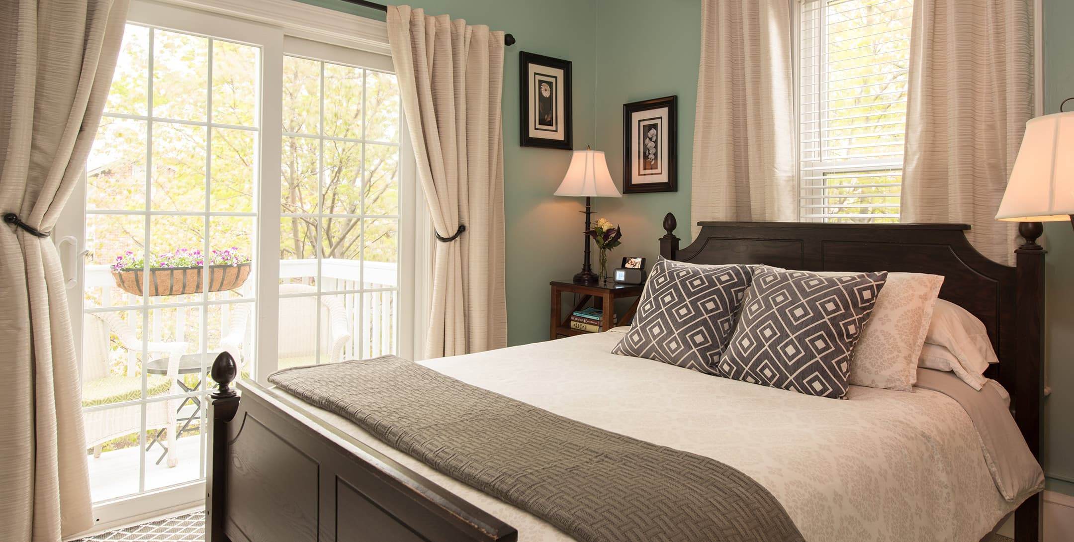 The Baxter Room bed